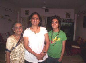 Mom, my niece and me